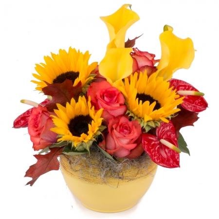 Aranjament de Floarea soarelui, Cale, Cală, Galbene, Trandafiri, Portocaliu, Anthurium. Roșu, Verde