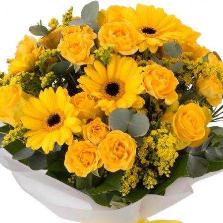 Buchet de 5, Trandafiri, Galbeni, 5, Minirosa, Galbenă, 5, Gerbera, Galbenă, 5, Solidago, Verdeață