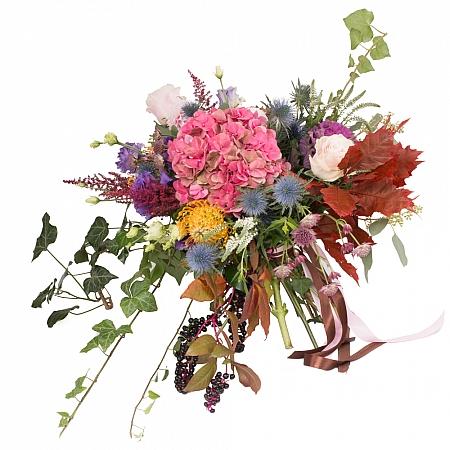 Hortensia, Brasica, Eringyum, Dalii, Leucospermum, Trandafiri, Lisianthus, Veronica, Astrantia