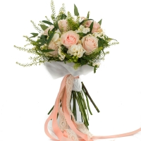 Buchet de 9, Trandafiri, Roz, 8, Frezii, Albe, Frezie, 6, Euphorbia, Albă, Verdeață 2