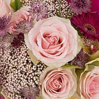 Aranjament de Trandafiri, Lalele, Lalea, Gerbera, Floare de orez, Cymbidium, Orhidee, Astrantia, Vas 4