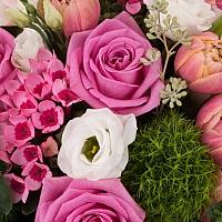 Aranjament de Trandafiri, Trandafiri,  Lalele, Lalea, Gerbera, Green trick, Lisianthus, Bouvardia 4