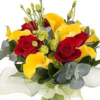 Buchet de 5, Trandafiri, Roșii, Roșu, 9, Cale, Galbene, 3, Lisianthus, Verde, Verzi, Verdeață 3