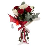 Buchet de Trandafiri Mărțișor, 6 Trandafiri albi, 5 Trandafiri roșii, Verdeață 4