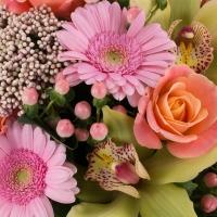 Buchet de Trandafiri, Portocalii, Hypericum, Floare de orez, Gerbera, Cymbidium, Verde, Orhidee, Roz 4