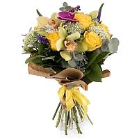 Buchet din Trandafiri, Galbeni, Trahelium, Veronica, Mov, Cymbidium, Orhidee, Phalaenospsis, Verde 2