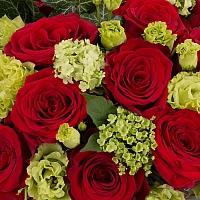Aranjament de 15, Trandafiri, Roșii, Roșu, Roșie, 5, Lisianthus, Verde, Verzi, 5, Viburnum, Cutie 4