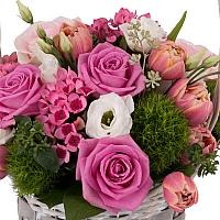 Aranjament de Trandafiri, Trandafiri,  Lalele, Lalea, Gerbera, Green trick, Lisianthus, Bouvardia 2