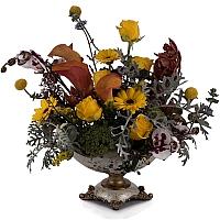 Aranjament floral din trandafiri, cale, orhidee, menta, phalaenopsis, schimia, craspedia, ami 2