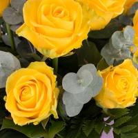 Buchet de 9 Trandafiri galbeni 4