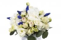 Buchet Mireasa/Nasa cu hortensia,trandafiri si minirosa 3