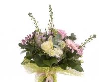 Buchet trandafiri alb , ciclam si gerebera 2