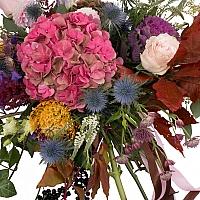 Hortensia, Brasica, Eringyum, Dalii, Leucospermum, Trandafiri, Lisianthus, Veronica, Astrantia 3