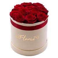 Love box: cutie cu trandafiri rosii superbi. 2