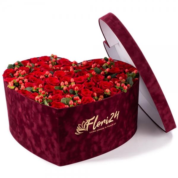 Aranjament din trandafiri roșii