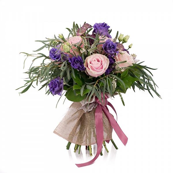 Buchet de 7, Trandafiri, Roz, 4, Lisianthus, Mov, 5, Veronica, Albă, 3, Astrantia, Roz, Verdeață