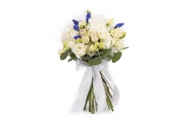 Buchet Mireasa/Nasa cu hortensia,trandafiri si minirosa
