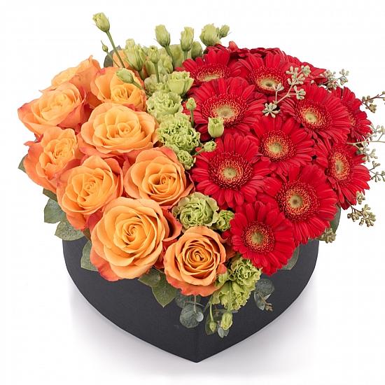 Aranjament de 10 Trandafiri, Portocalii, Portocaliu, Gerbera, Roșii, Roșu, Roșie, Lisianthus, Verde