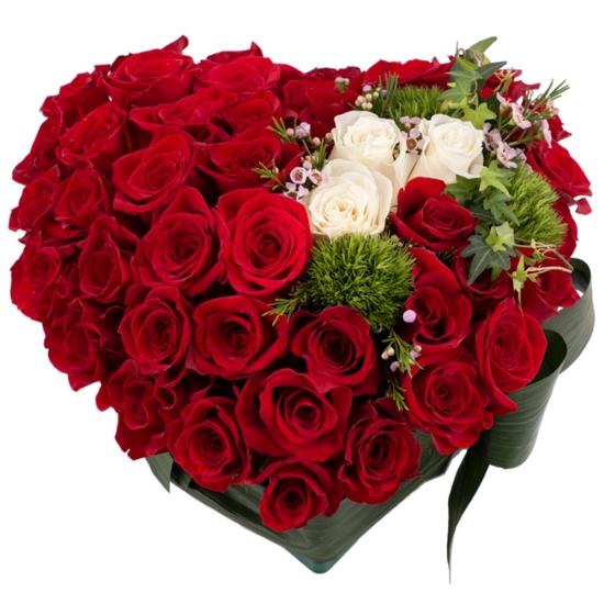 Aranjament Trandafiri Inimă. Cumpara online 42 de trandafiri in forma de inima. Livrare gratuită București & Ilfov.