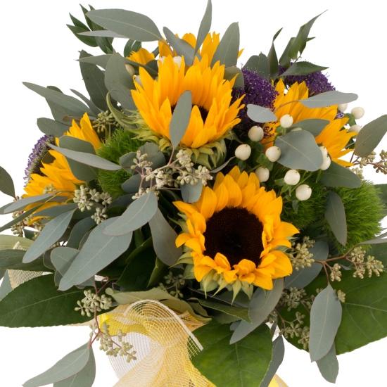 Buchet de 5, Floarea soarelui, 3, Trahelium, Mov, 4, Hypericum, Alb, 4, Green trick, Verdeață
