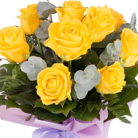 Buchet de 9 Trandafiri galbeni