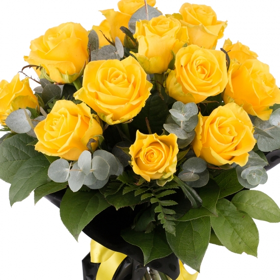 Buchet din 15 Trandafiri Galbeni