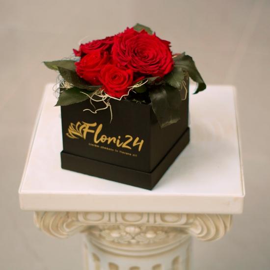 Cutie Trandafiri rosii criogenati